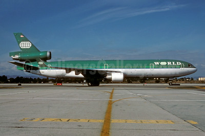 World Airways McDonnell Douglas MD-11 N272WA (msn 48437) (Aer Lingus colors) LAX (Roy Lock). Image: 923324.