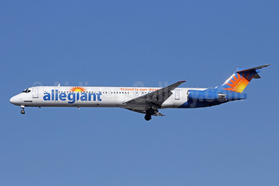 Allegiant Air McDonnell Douglas DC-9-83 (MD-83) N420NV (msn 49424) LAX (Michael B. Ing). Image: 908933.