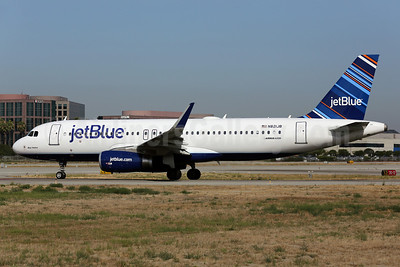 JetBlue Airways Airbus A320-232 N821JB (msn 5417) (Sharklets) LGB (James Helbock). Image: 912896.
