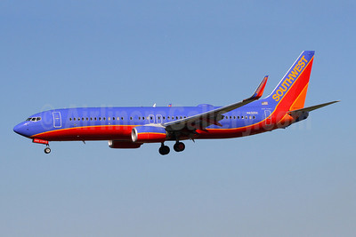 Southwest Airlines Boeing 737-8H4 WL N8305E (msn 36683) BWI (Brian McDonough). Image: 908929.