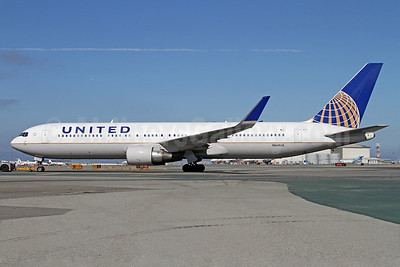 United Airlines Boeing 767-322 ER WL N668UA (msn 30024) SF) (Mark Durbin). Image: 909198.