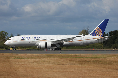 United Airlines Boeing 787-8 Dreamliner N20904 (msn 34824) PAE (Nick Dean). Image: 909319.