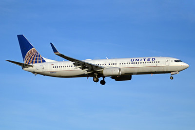 United Airlines Boeing 737-924 ER WL N39423 (msn 32829) YYZ (TMK Photography). Image: 913292.