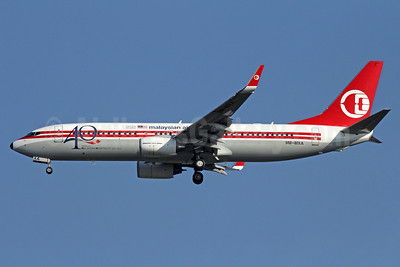 Malaysian Airline System (Malaysia Airlines) Boeing 737-8H6 WL 9M-MXA (msn 40128) (40 Years of Malaysian Hospitality 1972-2012) BKK (Michael B. Ing). Image: 910230.