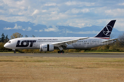 LOT Polish Airlines Boeing 787-8 Dreamliner SP-LRA (msn 35938) PAE (Nick Dean). Image: 909609.
