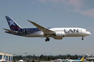 LAN Airlines (Chile) Boeing 787-8 CC-BBA (msn 38471) PAE (Nick Dean). Image: 909157.