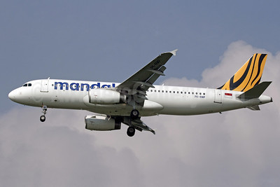 Mandala Airlines (Tiger Airways Indonesia) Airbus A320-232 PK-RMP (msn 5073) BKK (Michael B. Ing). Image: 910344.