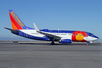 Southwest Airlines Boeing 737-7H4 WL N230WN (msn 34592) (Colorado One) SFO (Mark Durbin). Image: 909316.