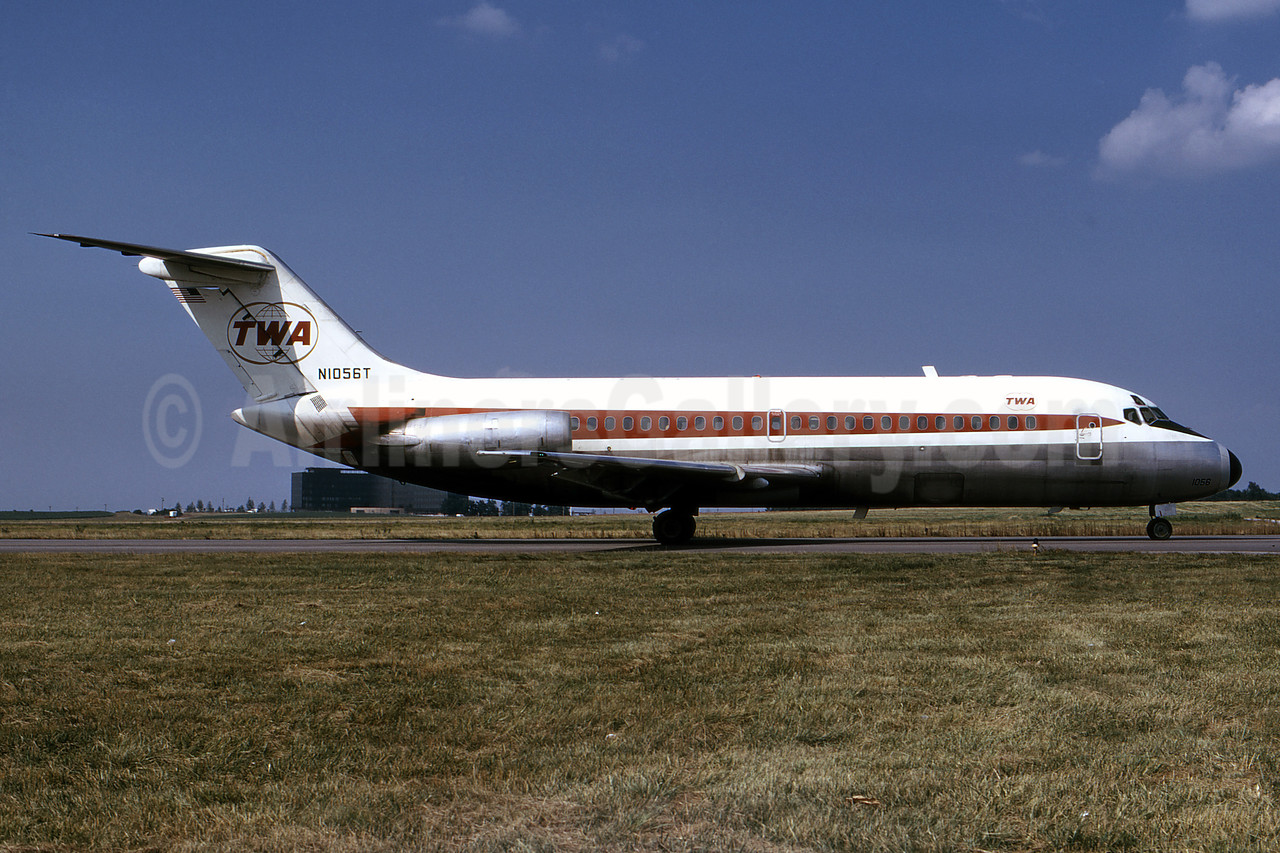 TWA (Trans World Airlines) Douglas DC-9-14 N1056T (msn 45737) STL (Bruce Drum). Image: 101446.