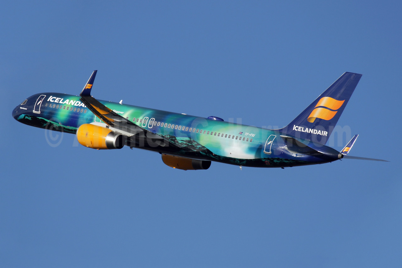 "Icelandair's new ""Northern Lights"" special livery"