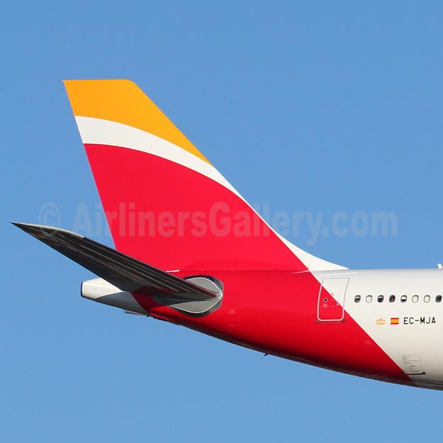 Iberia-Lineas Aereas Espana (2013)  (Spain)