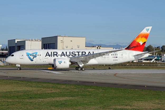 Air Austral Boeing 787-8 Dreamliner (F-OLRB) (msn 34491) PAE (Nick Dean). Image: 934973.