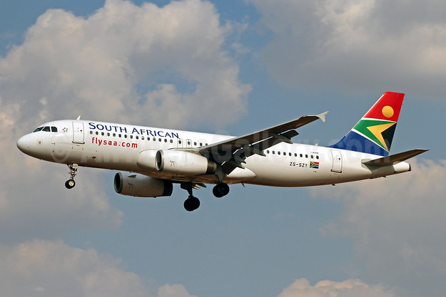 South African Airways Airbus A320-232 ZS-SZY (msn 5011) JNB (Christian Volpati). Image: 955216.