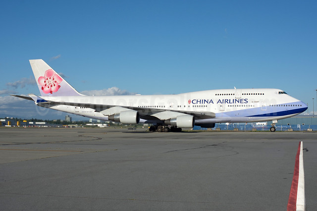 China Airlines Boeing 747-409 B-18207 (msn 29219) YVR (Rob Rindt). Image: 934211.