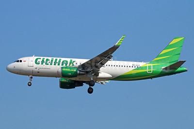 Citilink-Garuda Indonesia Airways Airbus A320-214 WL PK-GLZ (msn 6118) CGK (Michael B. Ing). Image: 929059.