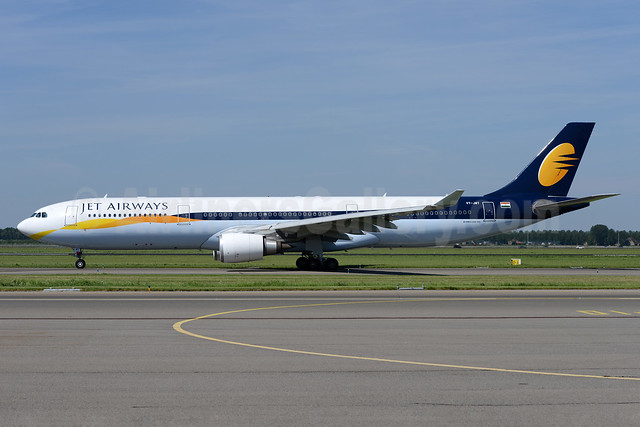 Jet Airways Airbus A330-302 VT-JWT (msn 1370) AMS (Ton Jochems). Image: 932919.