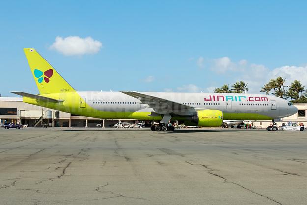 JinAir.com (Jin Air) Boeing 777-2B5 ER HL7743 (msn 34208) HNL (Elway Kibota). Image: 930717.