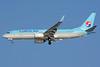 Korean Air Boeing 737-8BK WL HL8240 (msn 39447) ICN (Richard Vandervord). Image: 930036.