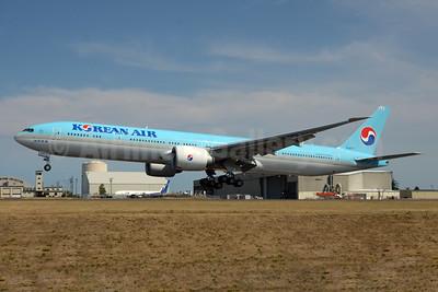 Korean Air Boeing 777-3B5 ER HL8007 (msn 43815) PAE (TMK Photography). Image: 928859.