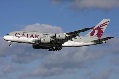 Qatar Airways Airbus A380-861 A7-APE (msn 181) LHR (SPA). Image: 931394.