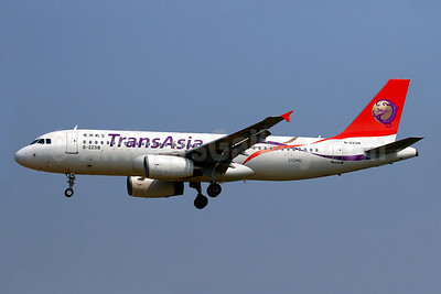 TransAsia Airways Airbus A320-233 B-22318 (msn 3577) TPE (Manuel Negrerie). Image: 928520.