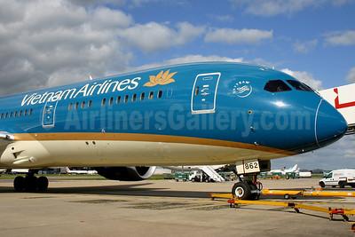 Vietnam Airlines Boeing 787-9 Dreamliner VN-A862 (msn 35152) LHR. Image: 929581.