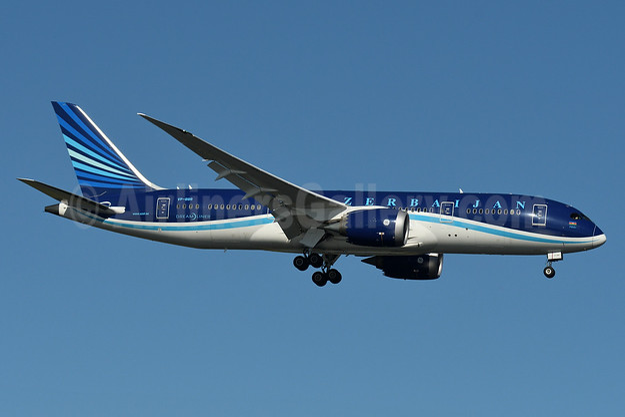 Azerbaijan Airlines Boeing 787-8 Dreamliner VP-BBR (msn 37920) JFK (Fred Freketic). Image: 934847.