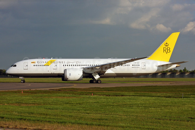 Royal Brunei Airlines Boeing 787-8 Dreamliner V8-DLB (msn 34786) LHR (SPA). Image: 937636.