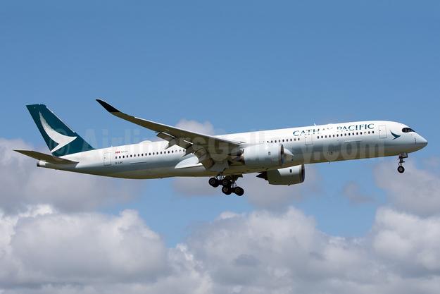 Cathay Pacific Airways Airbus A350-941 B-LRC (msn 034) AKL (Colin Hunter). Image: 935437.
