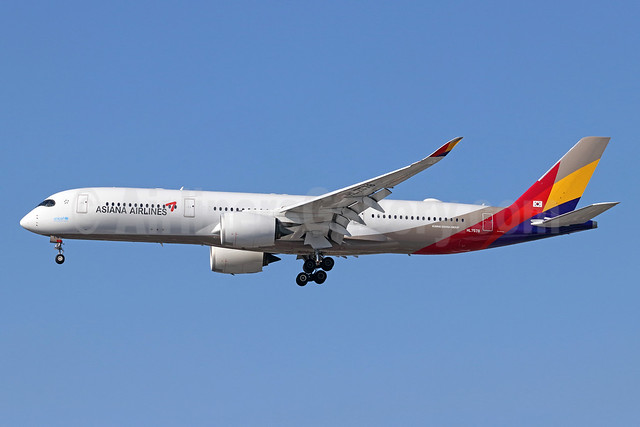 Asiana Airlines Airbus A350-941 HL7578 (msn 144) LAX (Michael B. Ing). Image: 943940.
