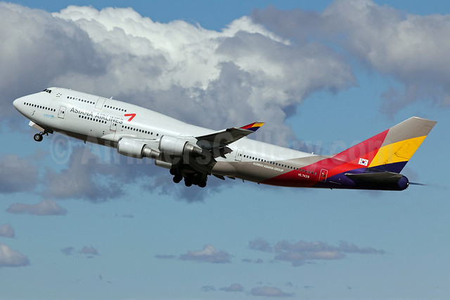 Asiana Airlines Boeing 747-48E HL7428 (msn 28552) LAX (Michael B. Ing). Image: 906185.