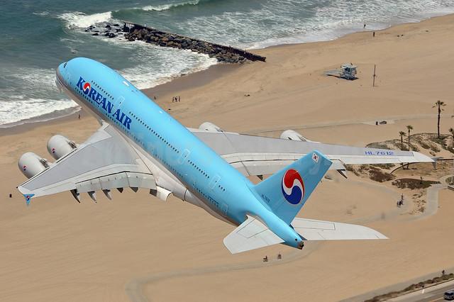 Korean Air Airbus A380-861 HL7612 (msn 039) LAX (Sam Chui). Image: 908571.