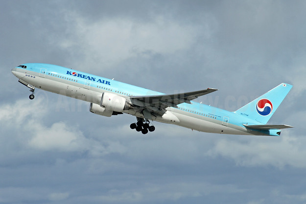 Korean Air Boeing 777-2B5 ER HL7734 (msn 34207) LAX (Ron Monroe). Image: 947382.