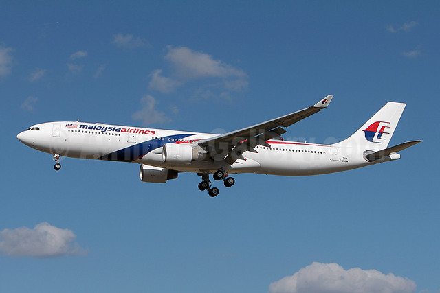 Malaysia Airlines Airbus A330-323 F-WWCM (9M-MTJ) (msn 1347) TLS (Olivier Gregoire). Image: 909662.