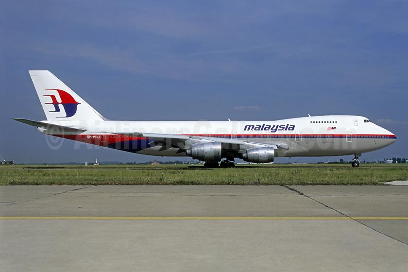 Malaysia Airlines Boeing 747-236B 9M-MHJ (msn 22442) CDG (Christian Volpati). Image: 940078.