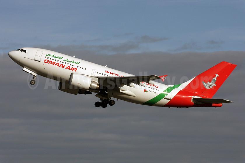 Oman Air Airbus A310-304 CS-TEX (msn 565) LGW (Antony J. Best). Image: 901652.