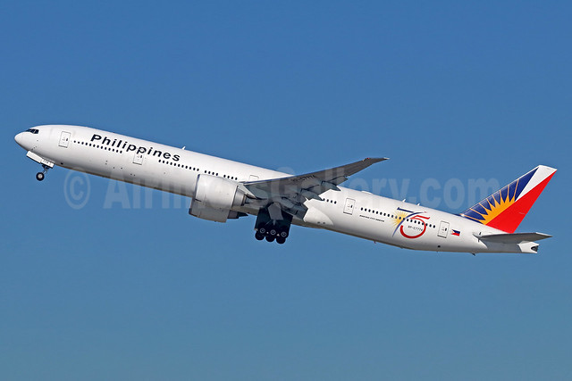 Philippines (Philippine Airlines) Boeing 777-3F6 ER RP-C7774 (msn 35556) (75 Years) LAX (Michael B. Ing). Image: 935984.
