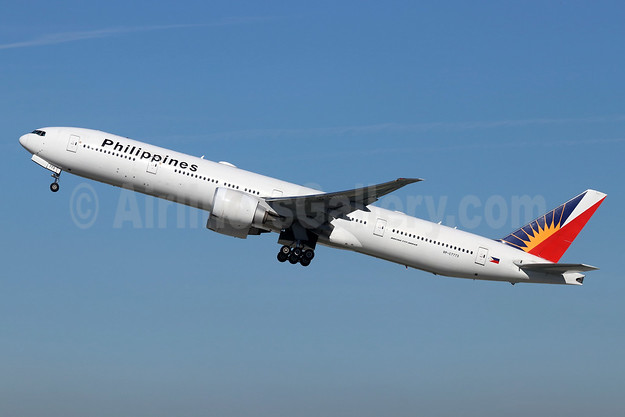 Philippines (Philippine Airlines) Boeing 777-3F6 ER RP-C7773 (msn 38718) LAX (Michael B. Ing). Image: 945498.