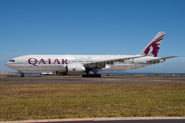 Qatar Airways Boeing 777-2DZ LR A7-BBB (msn 36013) AKL (Colin Hunter). Image: 936880.