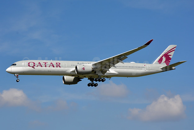 Qatar Airways' second Airbus A350-1000