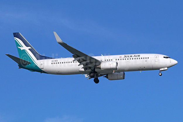 SilkAir Boeing 737-8SA WL 9V-MGK (msn 44227) SIN (Michael B. Ing). Image: 939263.
