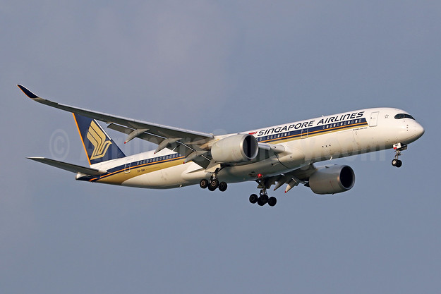 Singapore Airlines Airbus A350-941 9V-SMH (msn 068) SIN (Pascal Simon). Image: 943449.