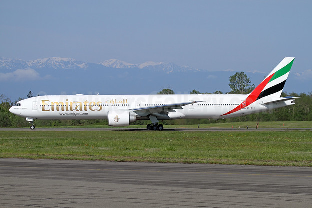 Emirates Airline Boeing 777-300 ER A6-EQK (msn 42359) PAE (Nick Dean). Image: 941791.