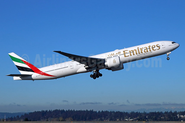 Emirates Airline Boeing 777-31H ER A6-ECQ (msn 35588) SEA (Michael B. Ing). Image: 942270.