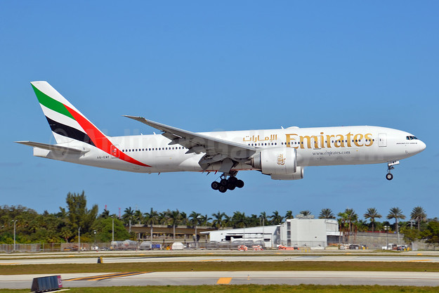 Emirates Airline Boeing 777-21H LR A6-EWF (msn 35586) FLL (Bruce Drum). Image: 104633.