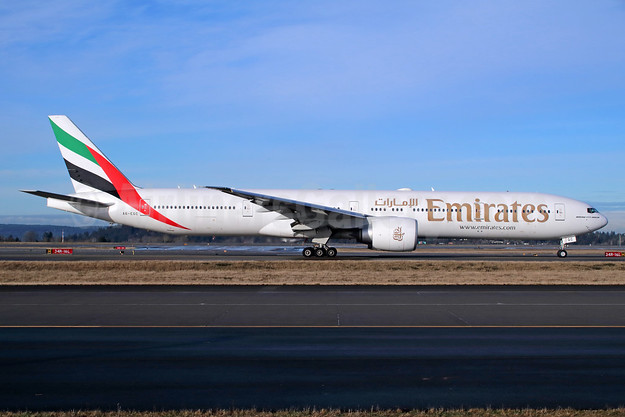 Emirates Airline Boeing 777-31H ER A6-EGC (msn 35596) SEA (Michael B. Ing). Image: 942271.