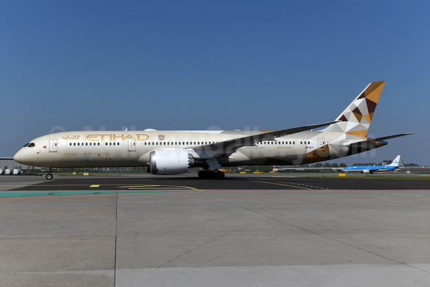Etihad Airways Boeing 787-9 Dreamliner A6-BLY (msn 39679) AMS (Ton Jochems). Image: 946412.