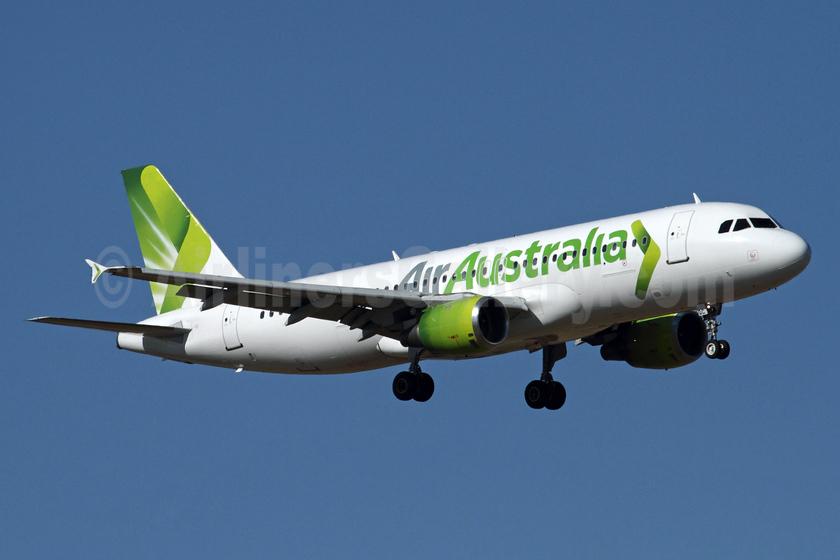 Air Australia Airbus A320-212 VH-YQC (msn 395) MEL (Rob Finlayson). Image: 934365.