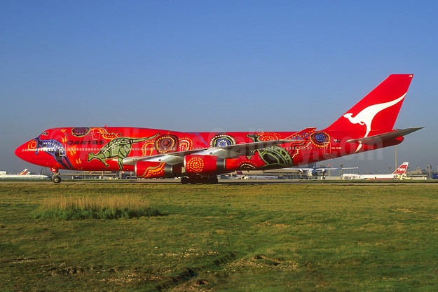 "QANTAS Airways'  first ""Wunala Dreaming"" (1994)"