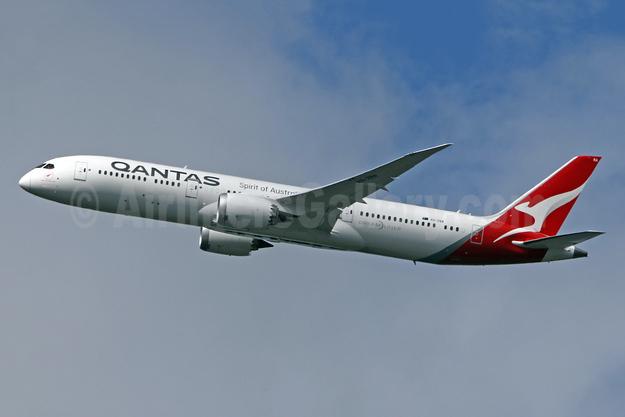 QANTAS Airways Boeing 787-9 Dreamliner VH-ZNA (msn 39038) LHR (SPA). Image: 942447.